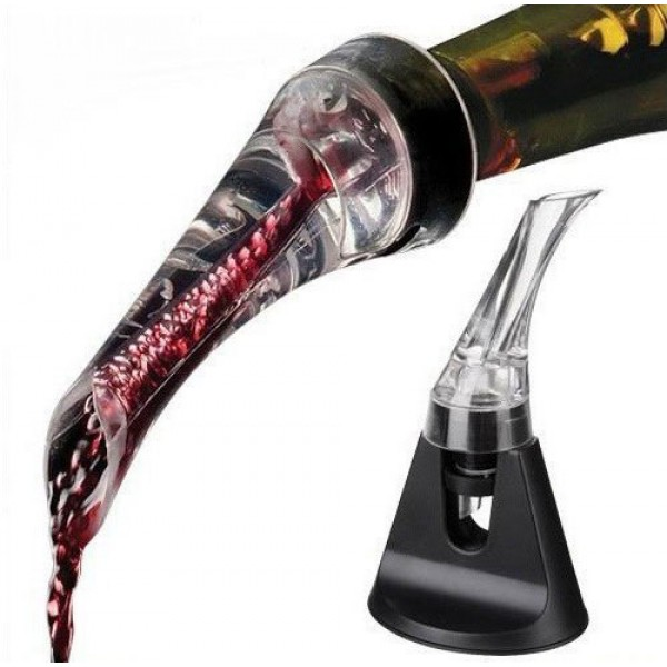 Trudeau Aroma Aerating Wine Pourer (with Stand)